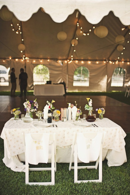 sweetheart table photo by Heidi Ryder